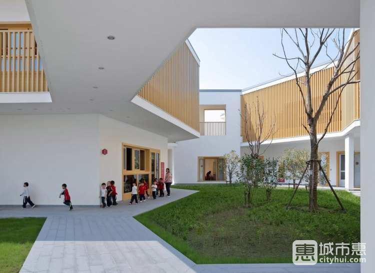 华东师范大学附属双语幼儿园